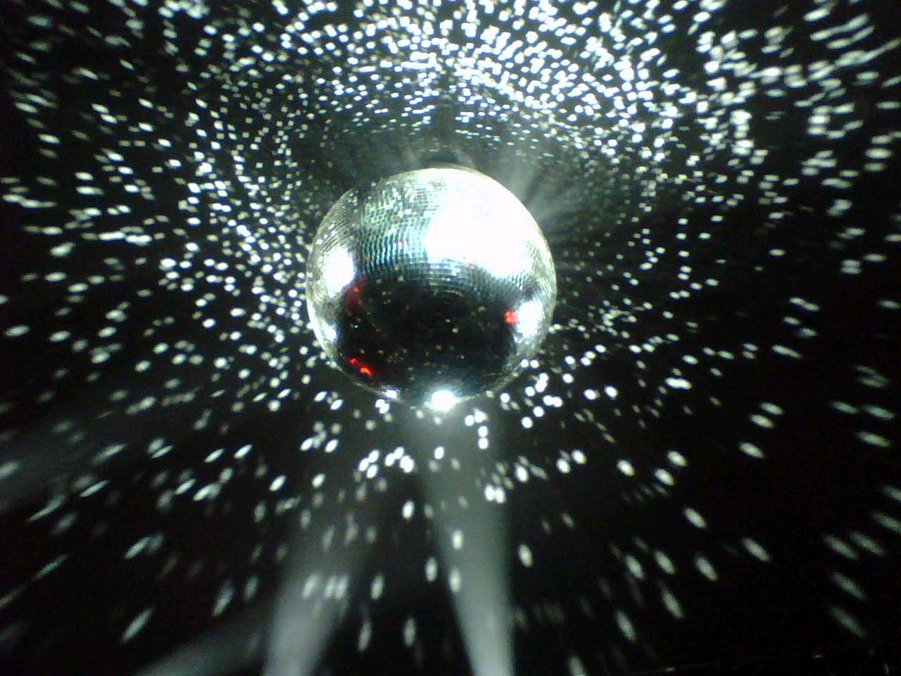 Disco Ball With Light 1362799398